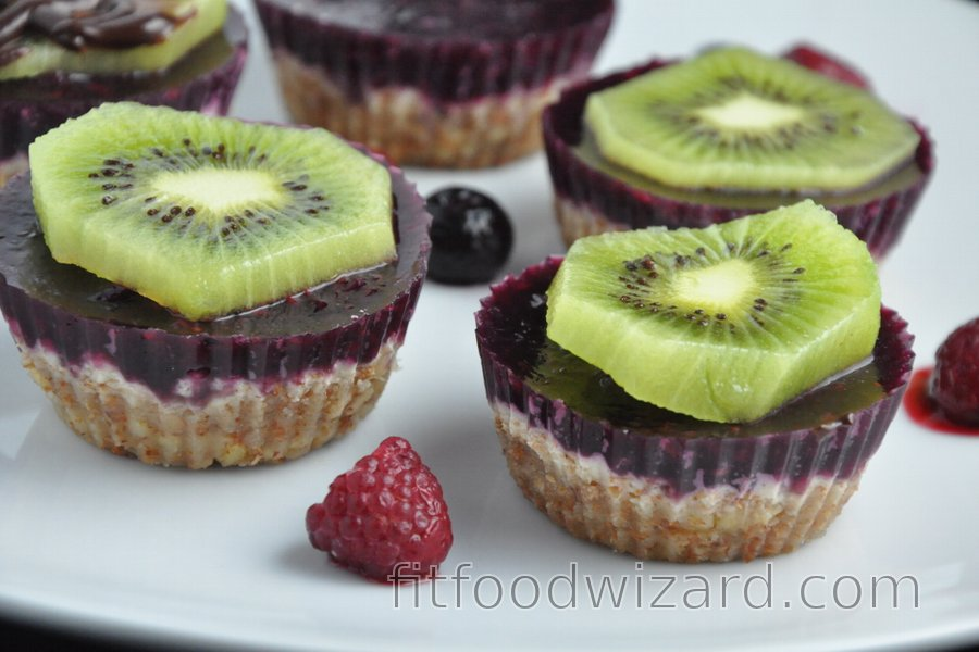 Marzipan-Fruit Cups