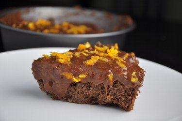 Healthy Chocolate-Orange Chickpea Cake