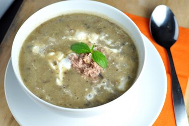 Simple Mushroom Potato Soup with Tuna