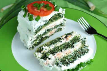 Fit Savory Spinach Cake with Salmon