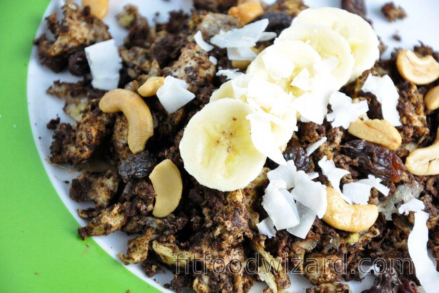 Banana-Cocoa Scrambled Eggs