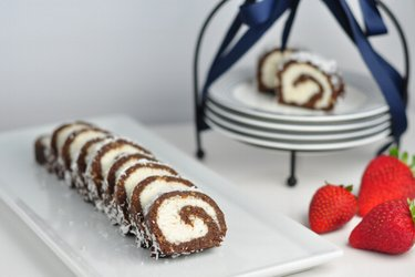 Healthy no-bake coconut roll
