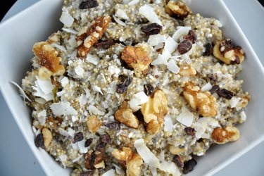 Healthy Quinoa Porridge with Quark
