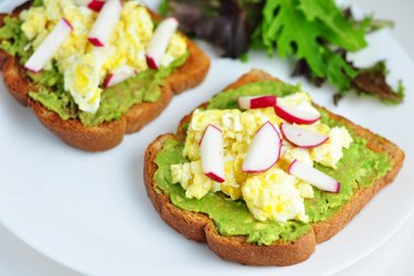 Healthy Toasts with Avocado, Scrambled Eggs and Radish
