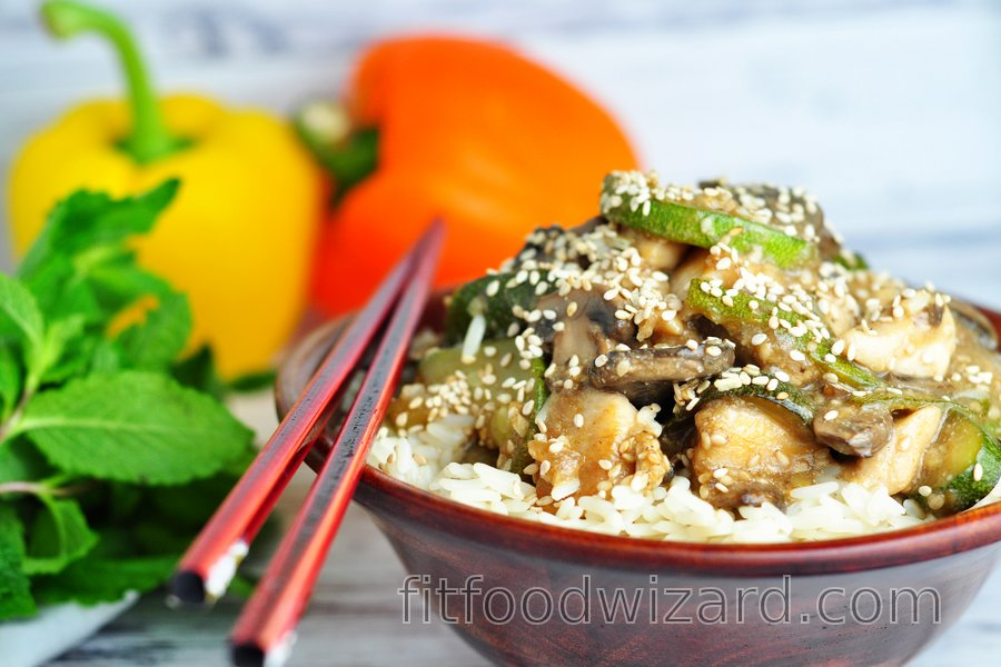 Fit chicken breasts with zucchini, mushrooms, and sesame seeds