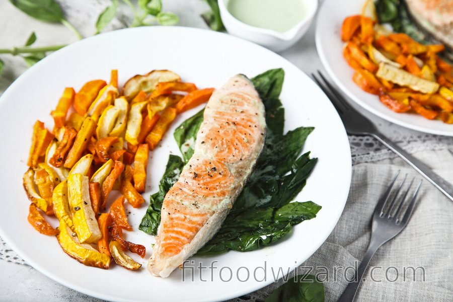 Broiled Salmon with Vegetable Fries and Yogurt-Garlic Dip