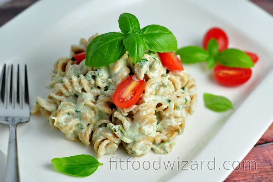 Skinny Pasta with Creamy Basil Sauce (Low Calorie, Low Fat)