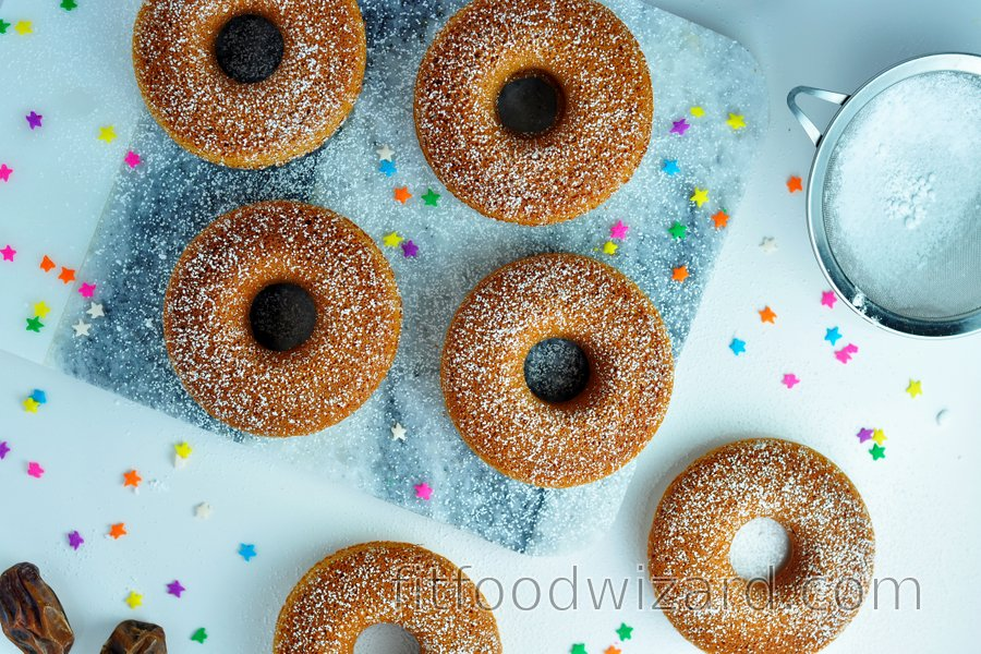 Simple baked oat donuts