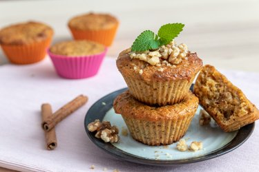 Healthy carrot muffins (from spelt flour)