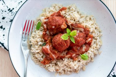 Fit meatballs in tomato sauce