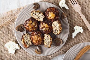 Skinny Cauliflower Pizza Muffins